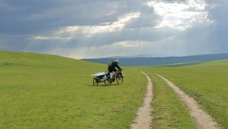 pedelec-adventures-com_tour-de-mongolia_2012-07-06_tag2_regenwolken_dsc_1068_web
