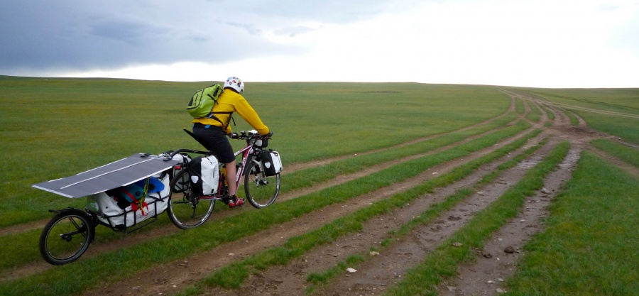 pedelec-adventures-com_tour-de-mongolia_2012-07-07_tag3_mongolia-highway_p1020309_web
