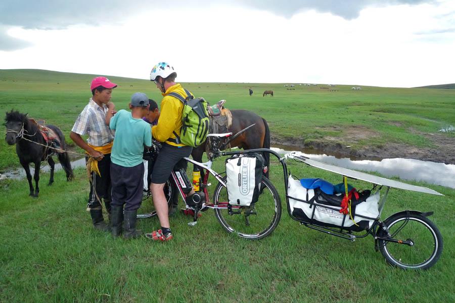 pedelec-adventures-com_tour-de-mongolia_2012-07-07_tag3_wegweiser_p1020299_web